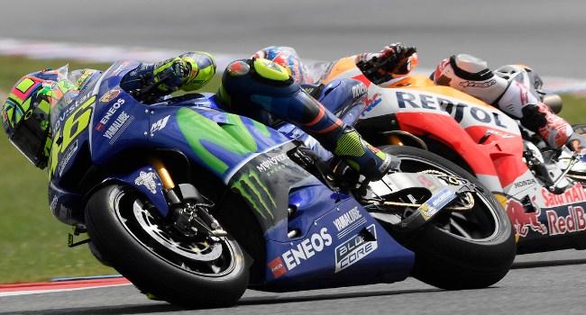 Telat Ganti Motor, Rossi: Dasar Keledai Bodoh