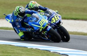 Gagal Kalahkan Marquez, Rossi Salahkan Iannone