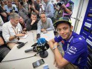 Rossi Belum Mau Bicara dengan Marquez, Ini Alasan