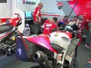 Lihat Bekas Tabrakan Rossi di Motor Lorenzo