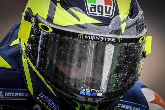Pembalap MotoGP Bukan SUPERHERO