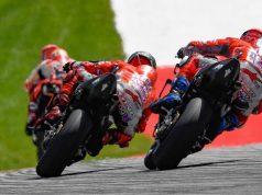Marquez Kapok Lawan 2 Ducati Sekaligus