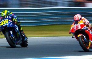 Tikung Menikung di Hari Ulang Tahun Rossi-Marquez