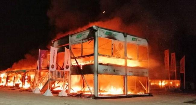 Tes Pra-musim MotoE, Paddock Sirkuit Jerez Kebakaran Hebat