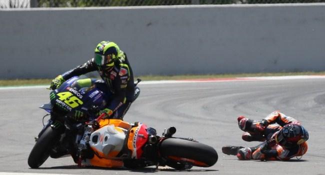 Kecelakaan Beruntun Catalunya, Rossi: Sangat Memalukan