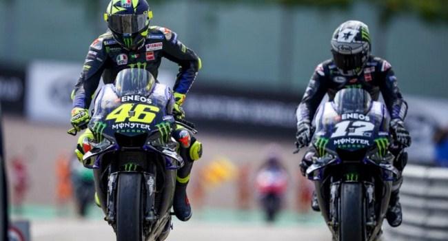 Rossi Sebut Motor Yamaha Untungkan Vinales-Quartararo
