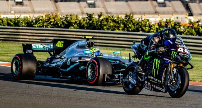 Akhirnya Rilis, Aksi Keren Rossi-Hamilton di Valencia