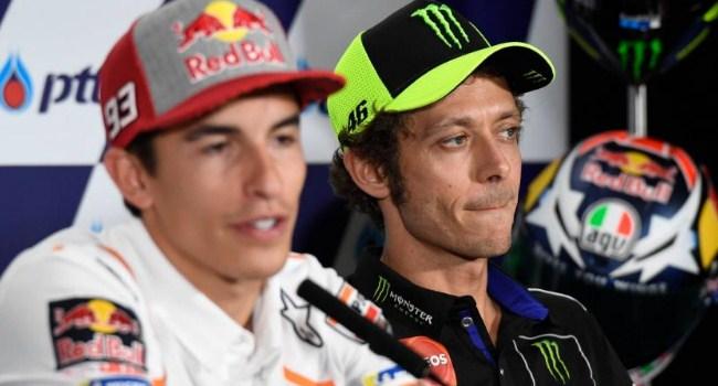 Gosip: Terbongkar! Rossi Pakai Ban Goib, Marquez Curangi ECU