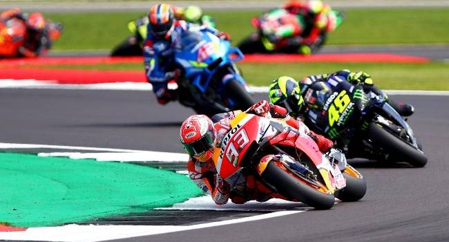 Lebih Jago Rossi atau Marquez? Ini Kata Legenda MotoGP
