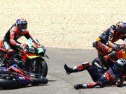 Insiden Tikungan 1 Jerez Sesama KTM, Siapa Salah?