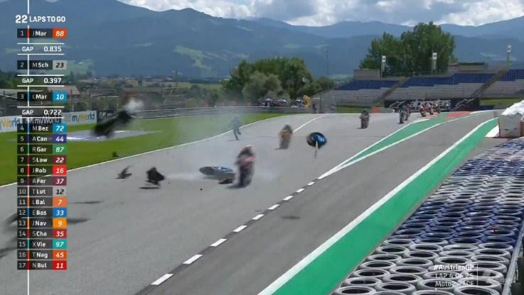 Red Flag: Moto2 Austria Kecelakaan Beruntun, Termasuk Andi Gilang