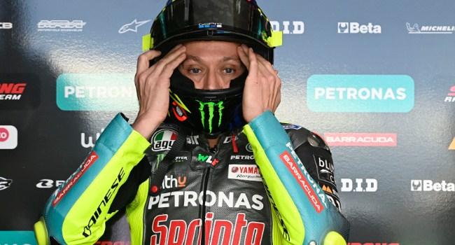 Lucchinelli: Rossi Tutup Ruang Pembalap Muda, Mending Pensiun