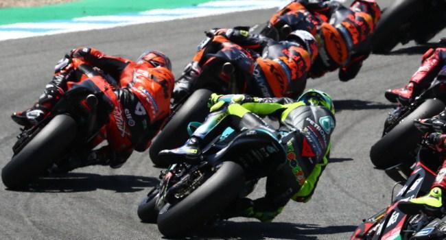 Data Balap Ungkap Penyebab Rossi Hanya Finis ke-17 di Jerez